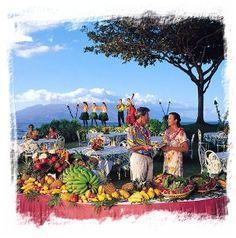 love the banana swirl Luau Party, Discount Travel, Sandy Beaches, Travel Agency, Hawaiian, Travel Destinations, Banana, Invitations, Painting