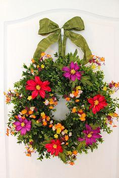 Summer Wreath Garden Mix Boxwood Daisy