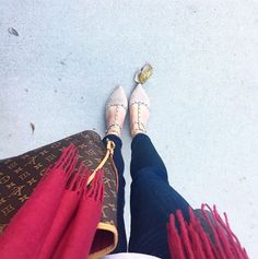 Fringe scarf, Target flats, Louis Neverfull! Follow @alexandrachammer on Instagram for more fashion, beauty and lifestyle posts! ♥
