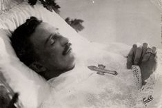Emperor-King Karl of Austria-Hungary on his death bed in Portugal, 1922.