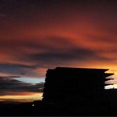 #sunset #bogota #sinfiltros  Majestuoso atardecer. #colombia #paisajeurbano