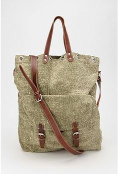 Carter & Co. Canvas Beach Bags | Bourbon & Boots - Beach Bags ...