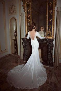 Yaki Ravid Wedding Gown oh-la-la!