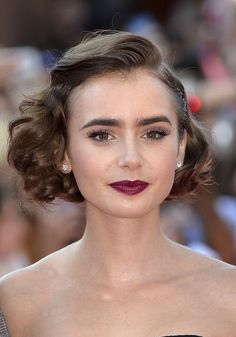 Lily Collins' gorgeous makeup and retro hairstyle
