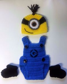 Newborn crochet minion from despicable me Hat/Overalls & booties set #Handmade