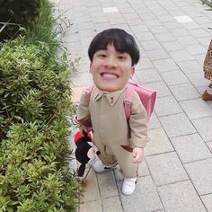 Pretty Boys, Cute Boys, Dramas, Polaroid Picture Frame, Actors Funny, Baby Memes, Thai Drama, Love Memes, Meme Faces
