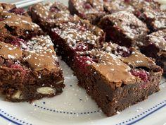 Chocolate Fudge Brownies, Desserts, Food, White Chocolate, Raspberries, Tailgate Desserts, Deserts, Essen, Postres