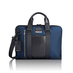 Shop Aviano Slim Brief Alpha Bravo in the official Tumi Online Store. Discover our vast range of suitcases, laptop bags and other luggage. Computer Bags, Laptop Computers, Business Rucksack, Pill Pockets, Army Gears, Tumi, Packing Light, Travel Bags, Brave