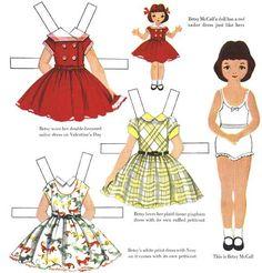 Le site web de Terry Pettit est dédié aux poupées de papier vintage, ces poupées à découper et à habiller. Vous y trouverez donc une poupée, Betsy McCall, et sa famille et leurs habits de 1951 à 1961.
