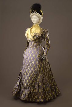 1897-1899, France - Two-piece suit by Worth - Silk, marcasite, taffeta, tulle, organza