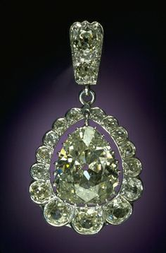 The Sherman Diamond is one of five pendants from a diamond necklace.  The necklace was a gift from the khedive of Egypt to Civil War General Wm. T. Sherman. Originally had five pendants with 8.5 carat central diamonds, each surrounded by 17 smaller stones. Eventually divided among his daughters. Smithsonian.