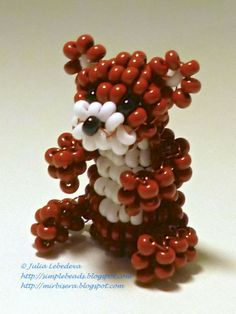 Beading for the very beginners: Beaded animals. I thought this was grapes and mini marshmallows. Lol. I must be hungry