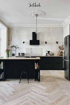 Ikea Kitchen Design, Ikea Design, Interior Design Living Room, Black Ikea Kitchen, Black Kitchens, Home Kitchens, Ikea Kitchens, Voxtorp Ikea, Interior Ikea