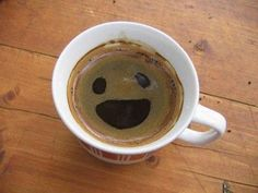 happy coffee by minnie Happy Coffee, Good Morning Coffee, Coffee Break, Best Coffee, Cafe Rico, Things With Faces, Best Espresso Machine, Coffee Varieties, Coffee Drinkers