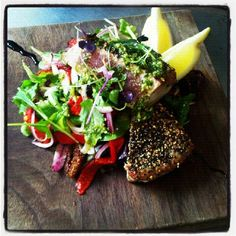 Peppered tuna loin Tuna Loin, Daily Specials, Mexican, Stuffed Peppers, Ethnic Recipes, Photos, Food, Stuffed Pepper, Eten