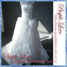 Real New Arrival vestido de noiva Brand Ball Gown Sweetheart Ruched Tiered Organza White Chapel Train Long Wedding Dress 2014 $209.99