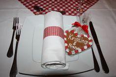 Lebkuchen-Herzen in rot und weiß zur Hochzeit von der Konditorei Krönner Garmisch