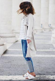 birkenstock-jeans-trench-outfit http://www.pensorosa.it/trends/come-abbinare-le-birkenstock.html