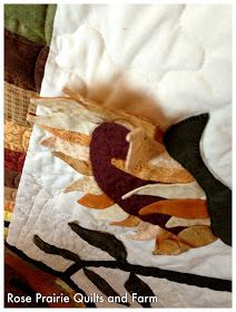 Rose Prairie Quilts and Farm: My Sunflower Quilt Sunflower Quilts, Sunflower Leaves, Mason Bees, Cat Patch, The Quilt Show, How To Finish A Quilt, Lavender Blue, Cottage Design, Sock Yarn