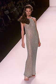 Michael Kors Collection Spring 2000 Ready-to-Wear Fashion Show - Shalom Harlow, Michael Kors Shalom Harlow, Michael Kors Collection, Fashion Show, Fashion Design, Ready To Wear, Beautiful Women, Vogue, Formal Dresses, Celebrities