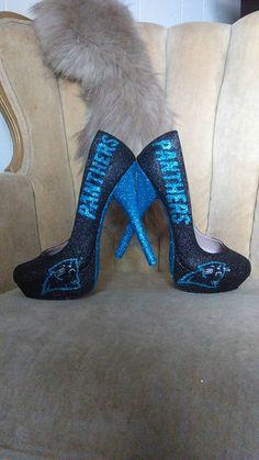 Bling Heels, Football Love, Short Heels, Fab Shoes, Custom Made, Shoe Boots, Pumps, Fan Art, Trending Outfits