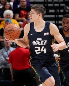 Grayson Allen, Kind And Generous, Memphis Grizzlies, Basketball Players, Duke, How To Look Better, American, Peacocks
