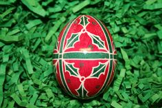 Christmas Holly Ukrainian Egg by StiglianoDesigns on Etsy, $16.00