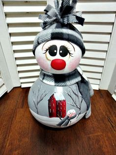 Handpainted Primitive Winter  Snowman  Doll Gourd