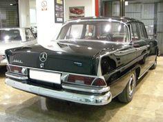 Mercedes Benz Modelos, Mercedes Benz 220, Mercedes Benz Cars, M Benz, Classic Mercedes, Automotive Art, Station Wagon, Vintage Cars, Cool Cars