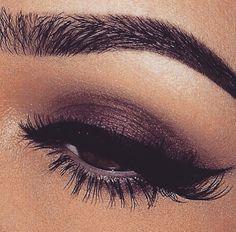 Cranberry burgundy brown eyeshadow
