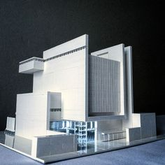 Lego Brutalist and Modernist Buildings by Arndt Schlaudraff | Faith is Torment | Art and Design Blog Futuristic Architecture, Architecture Design, Bd Design, Brutalist Buildings, Luxury Modern Homes, Lego Modular, Lego Building, Model Building, Exterior Design