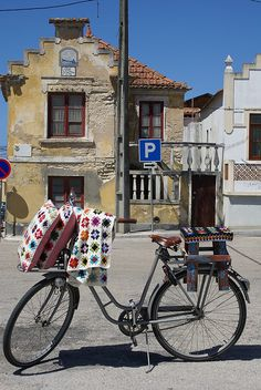 little square in costa nova, via Houses Portugal, Old Bicycle, Natural Wonders, Costa, The Neighbourhood, Dream Houses, Terra, Spinning, Wedding Ideas