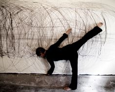 Mark Making Performance by Anastasia Faiella Action Painting, Mark Making, Movement Drawing, Pollock Paintings, Textiles Sketchbook, Drawing Machine, Dance Paintings, Human Art, City Art