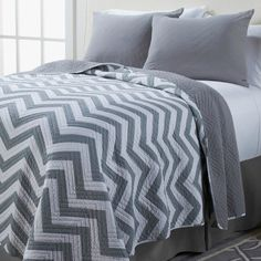 I want this grey chevron quilt for my bedroom!