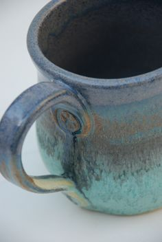 Ceramic mug, i like the detail