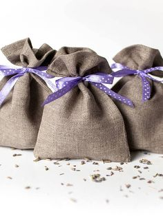 Wedding favor gift bags Ultra violet wedding ideas party #ultravioletwedding #favorbags #smallgiftbags #weddingfavors
