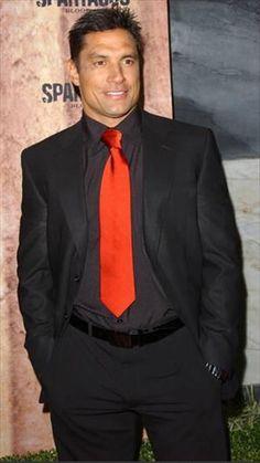 manu bennett | Manu Bennett is a New Zealand born actor best known for his roleCrixus ...