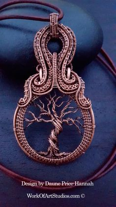Jewelry OFF! Copper Wire Tree of Life by Daune Price-Hannah - featured on Jewelry Making Journal Wire Wrapped Necklace, Wire Wrapped Pendant, Wire Wrapped Rings, Wire Earrings, Copper Jewelry, Copper Wire, Ideas Joyería, Gift Ideas, Bijoux Fil Aluminium