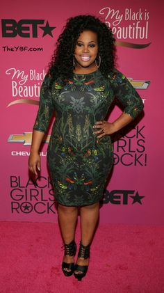 Amber Riley on the pink carpet at Black Girls Rock! Only Fashion, Curvy Fashion, World Of Fashion, Love Fashion, Plus Size Fashion, Girl Fashion, Amber Riley, Full Figured Women, My Black Is Beautiful