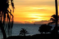 Stunning sunset! @Ko Olina  http://ngm.nationalgeographic.com/ngm/photo-contest/2011/entries/113287/view/