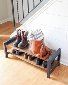 Cozy Diy Shoe Rack Design Ideas For Creative Home Decoration Shoe Storage Design, Entryway Shoe Storage, Rack Design, Basement Storage, Wood Shoe Rack, Diy Shoe Rack, Shoe Racks, Diy Shoe Shelf, Shoe Rack Bench