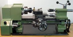 Elffers home-made lathe. Metal Lathe Projects, Lathe Tools, Homemade Lathe, Homemade Tools, Wood Turning Lathe, Wood Lathe, Milling Machine, Machine Tools, Lathe Accessories