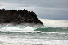New Zealand Hot Water Beach | Hot Water Beach New Zealand: An Underground River of Hot Water Flows ...