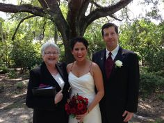 Leu Gardens in Orlando is such a beautiful place to be married! www.lovelyceremony.com