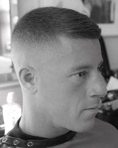 Military Hairstyles, Men's Hairstyles, Short Hair Mohawk, Short Hair Styles, Buzz Cuts, Haircuts For Men, Hair Cuts, Menswear, Beauty