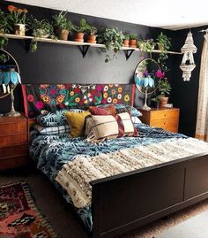 Bohemian Bedroom Decor And Bed Design Ideas… – decoracion – Home Decor Ideas Bohemian Bedroom Design, Bohemian House, Modern Bohemian, Bohemian Bedrooms, Hippie House Decor, Gypsy Home Decor, Bohemian Apartment, Hippie Bohemian, Home Decor Ideas