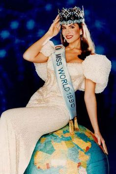 Gina Tolleson - Miss World 1990 Winner