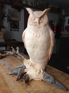 Owl by Giuseppe Rumerio FB --- Master carver!