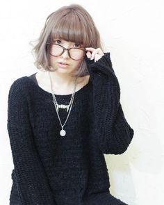あみちゃん撮影①❤ ふわりふわりボブ×透明感アッシュベージュ✨ あみちゃん、とっても透明感のある女の子なのです( 〃▽〃) 2005年に出会った頃は「透明感」という言葉を知らず「清潔感があって可愛い!」と言い続けていました。。意味ぜんぜん違う(笑)  #hair#hairstyle#girlsphoto#photoshooting#mediumhair#bob#harajuku#hairsalon#blitz#kuma#撮影#スタイル撮影#作品#ヘアスタイル#髪形#ボブ#ボブアレンジ#ヘアカラー#ハイトーン#アッシュ#アッシュベージュ#ふわふわ#ミディアム#サロンモデル#透明感#原宿#美容師#美容室#ヘアサロン#ブリッツ