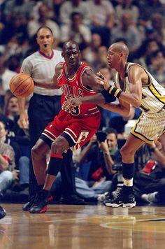 Here's What Happened When Reggie Miller Trash-Talked Michael Jordan - Esquire.com